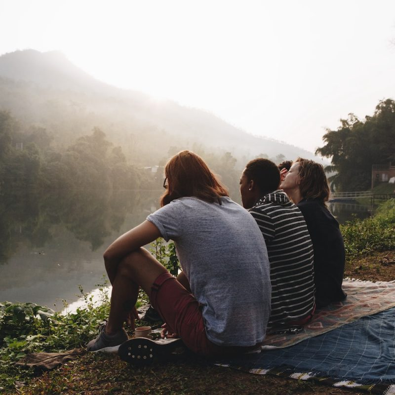 group-of-friends-enjoying-the-nature-PG46VZH-min